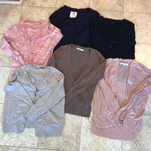 Set of 6 Cardigans - Sizes S and XS.